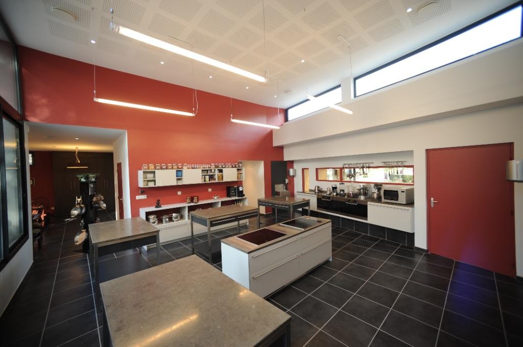 institut de l 39 excellence culinaire cours de cuisine et patisserie saint etienne. Black Bedroom Furniture Sets. Home Design Ideas